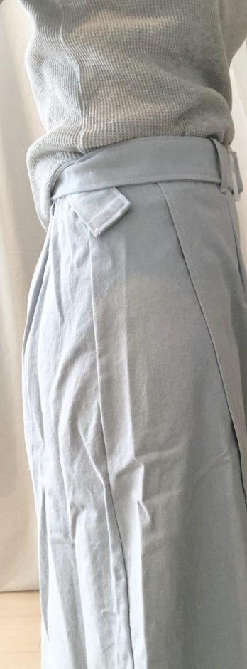 夢展望のベルト付きロングスカート