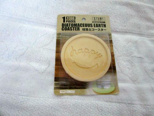 3コインズで購入した珪藻土コースター